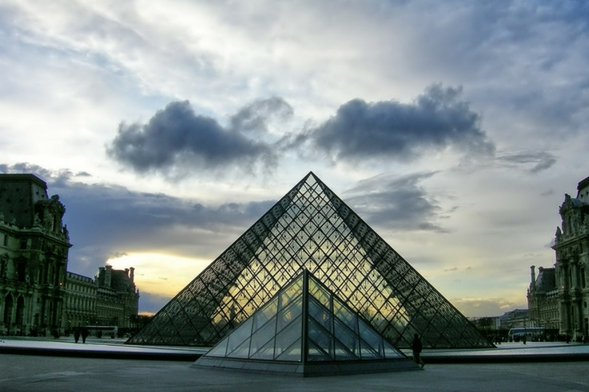 Museo de Louvre, Francia